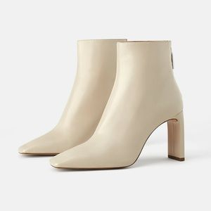 NEW ZARA HEELED LEATHER ANKLE BOOTS